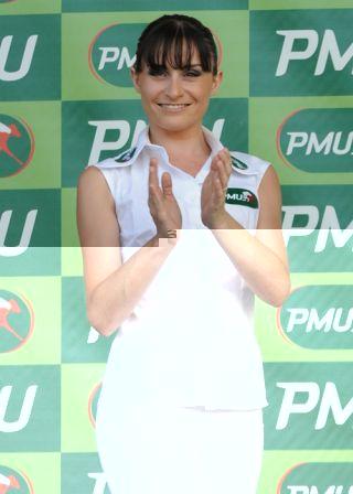 Hotesse PMU