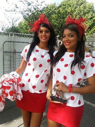 Hotesses Carrefour (2012)